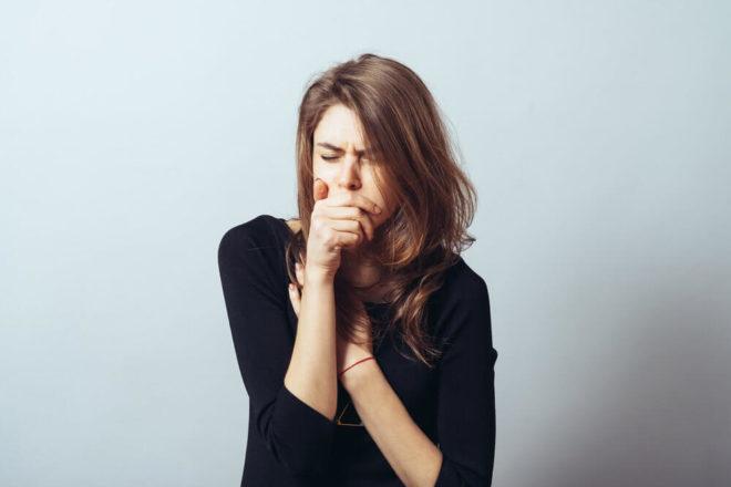 Сухость в горле, вызывающая кашель