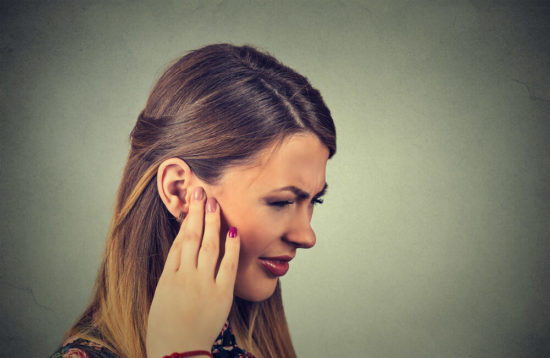 Треск в ухе