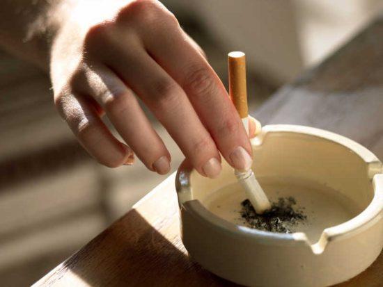 отказ от курения при боли в горле