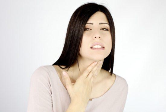 температура при першении в горле