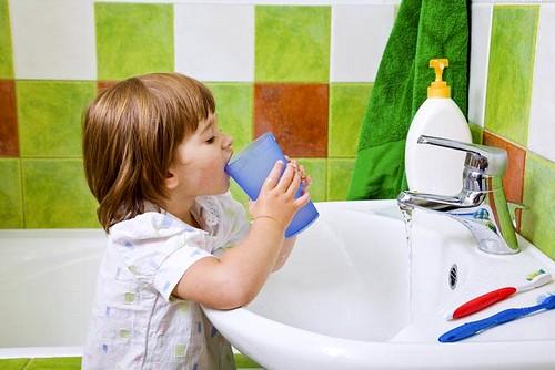 полоскание горла детям