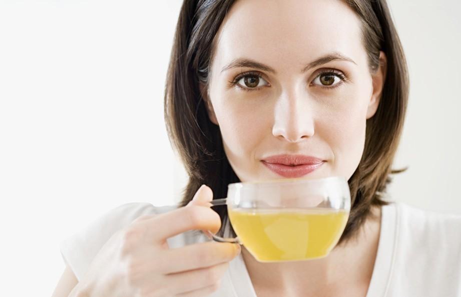 Раствор для полоскания горла - эффективный антисептик против воспаления миндалин для детей и взрослых