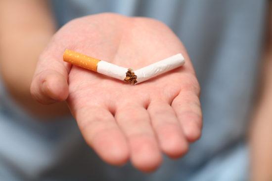 курение при ларингите